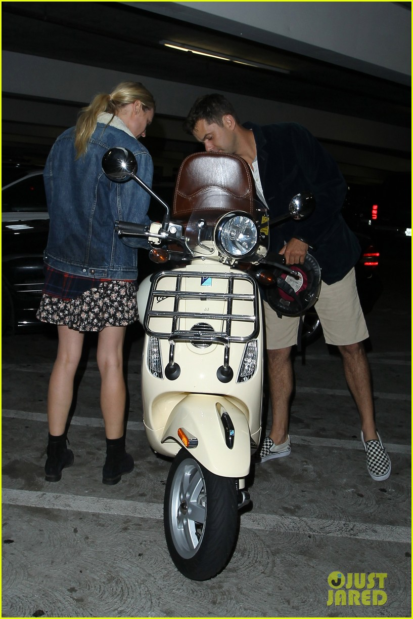 diane kruger joshua jackson vespa duo after movie date 022914972
