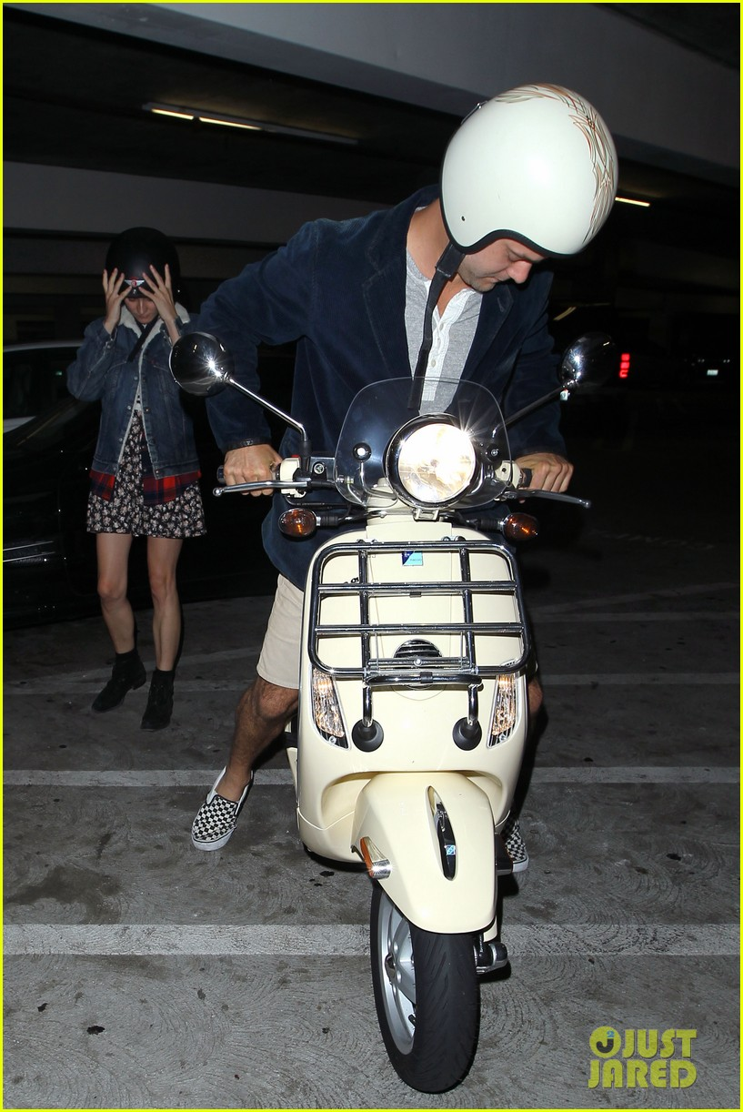 diane kruger joshua jackson vespa duo after movie date 04