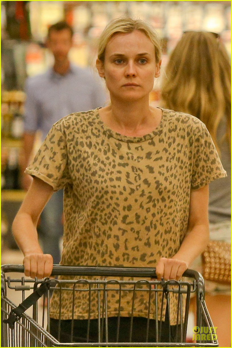 diane kruger joshua jackson white wine fruit shoppers 10