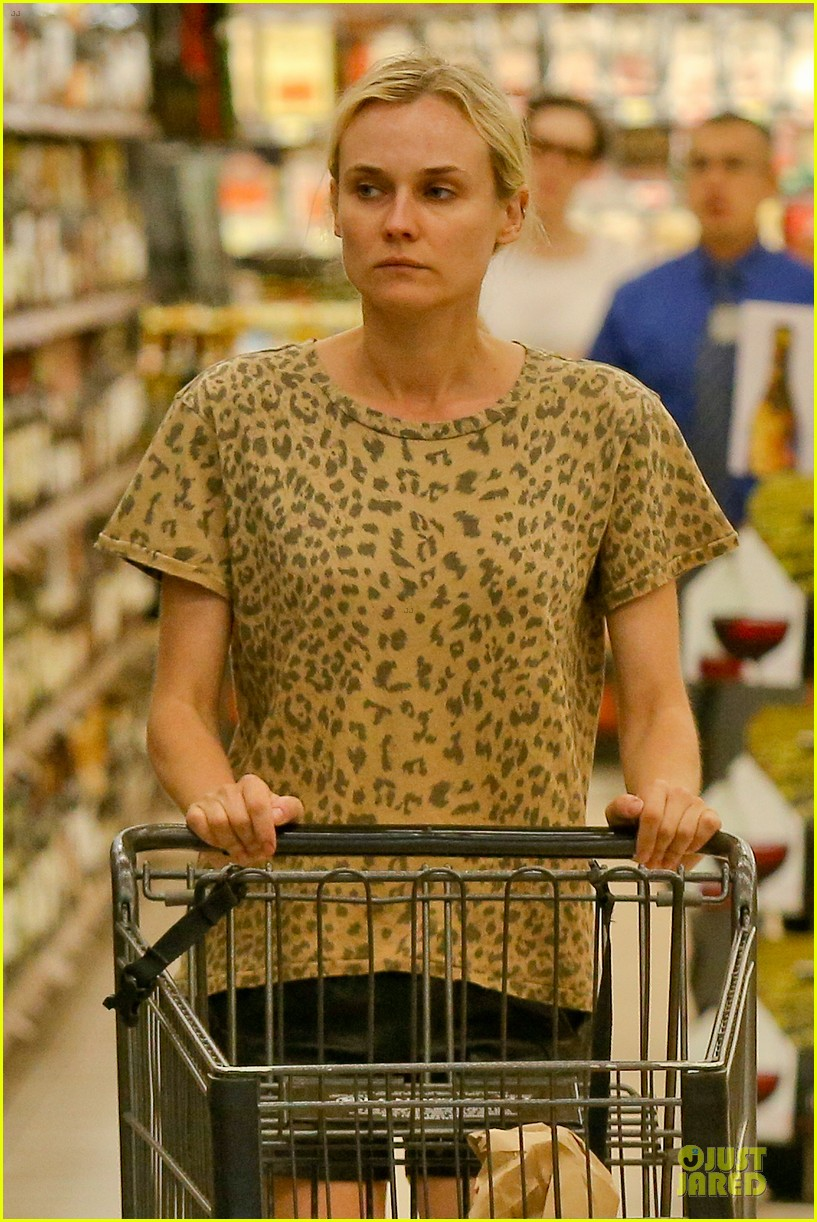 diane kruger joshua jackson white wine fruit shoppers 13