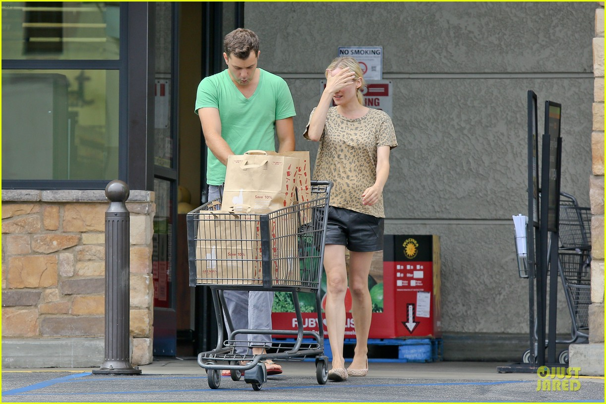 diane kruger joshua jackson white wine fruit shoppers 192914180