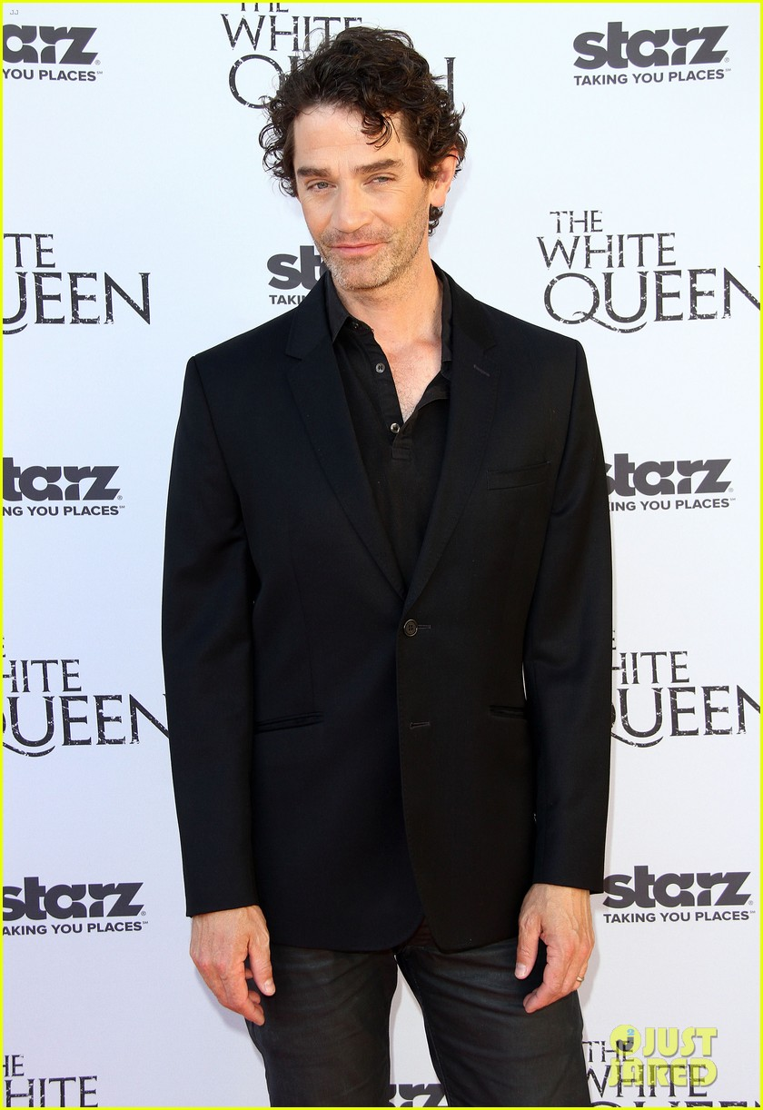 olga kurylenko kisses danny huston at white queen premiere 072917132