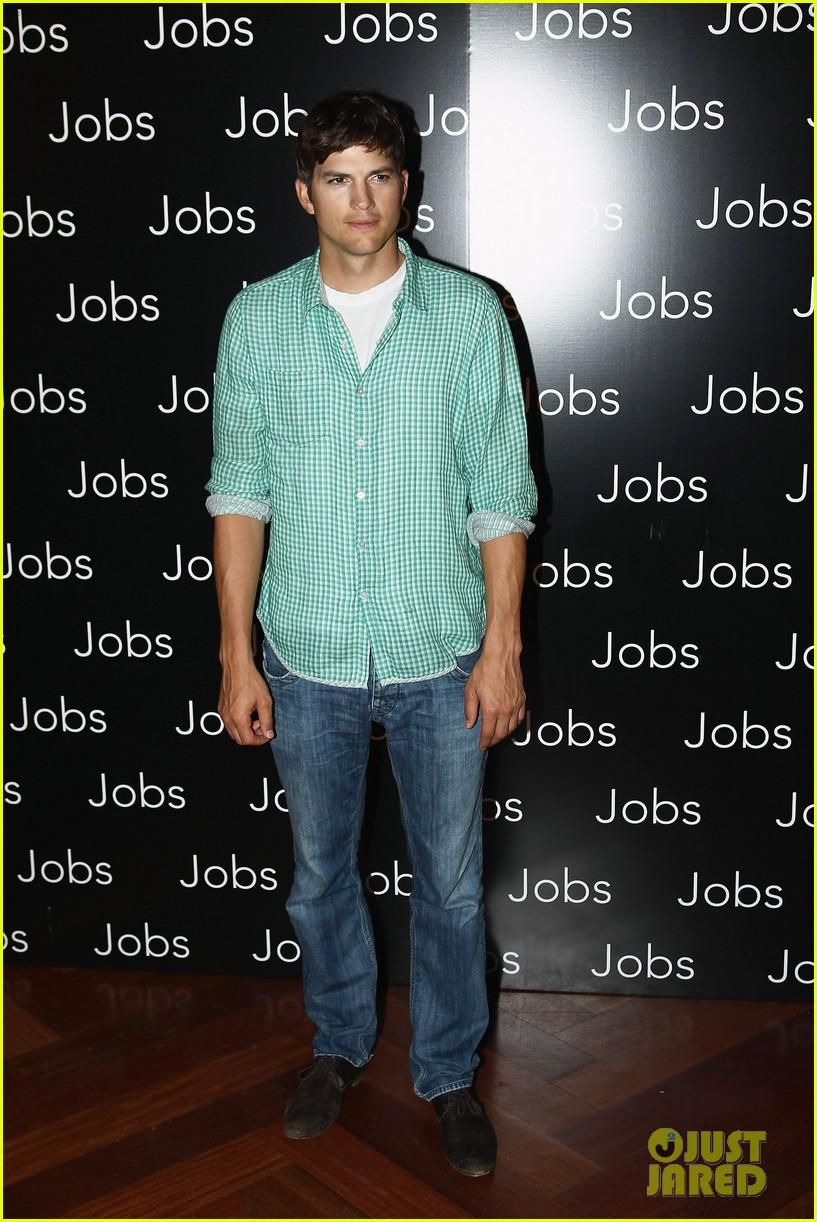 ashton kutcher jobs paris premiere 032901873