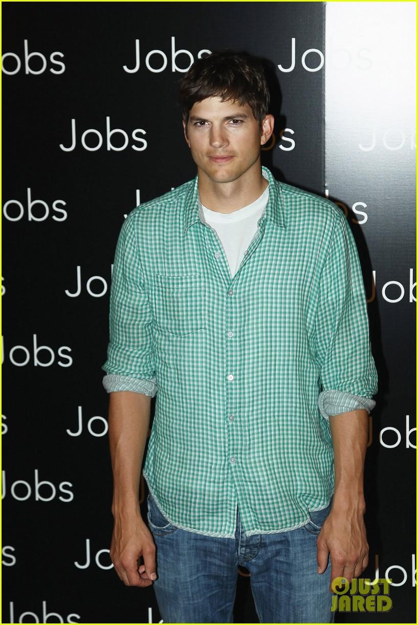 ashton kutcher jobs paris premiere 072901877