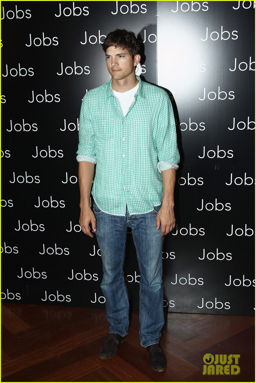 ashton kutcher jobs paris premiere 082901878