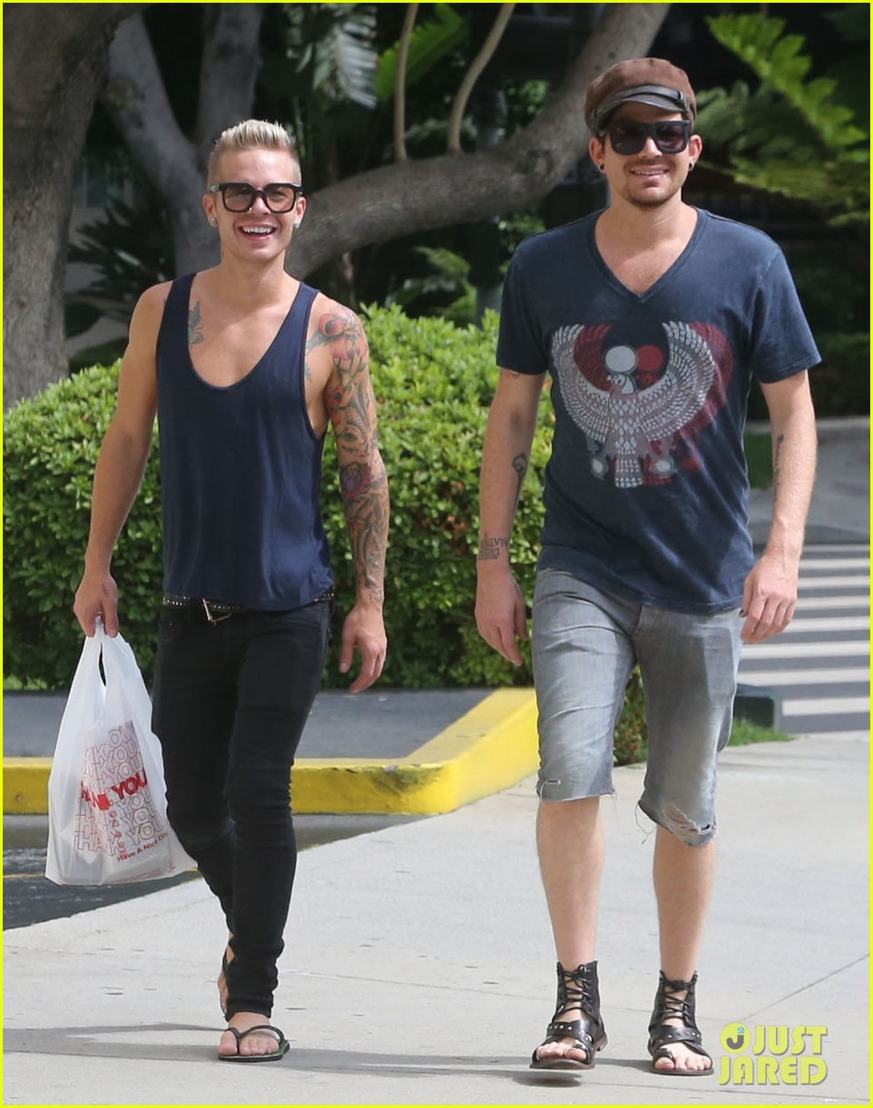 adam lambert steps out with ex sauli koskinen after cory monteith condolence 15