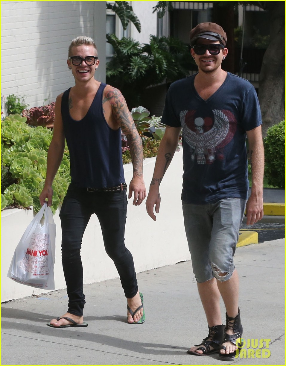 adam lambert steps out with ex sauli koskinen after cory monteith condolence 18