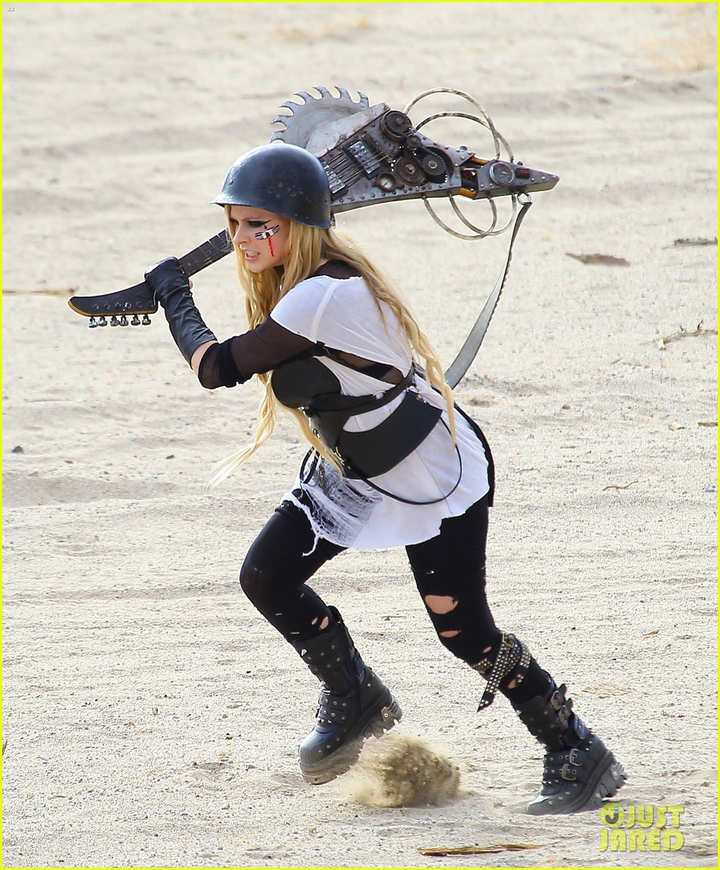 avril lavigne chainsaw action for rock n roll video shoot 152917727