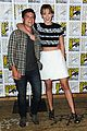 jennifer lawrence debuts catching fire trailer at comic con 05