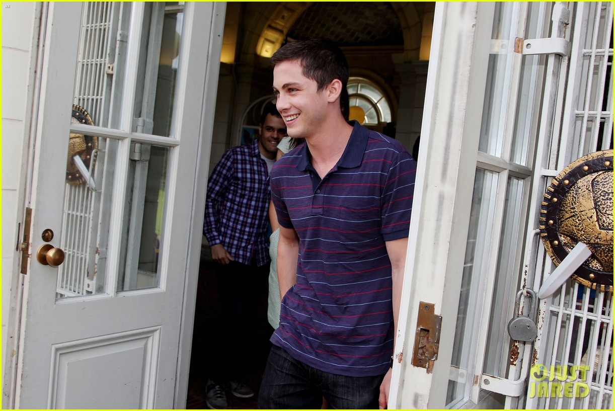 logan lerman alexandra daddario percy jackson press day 20