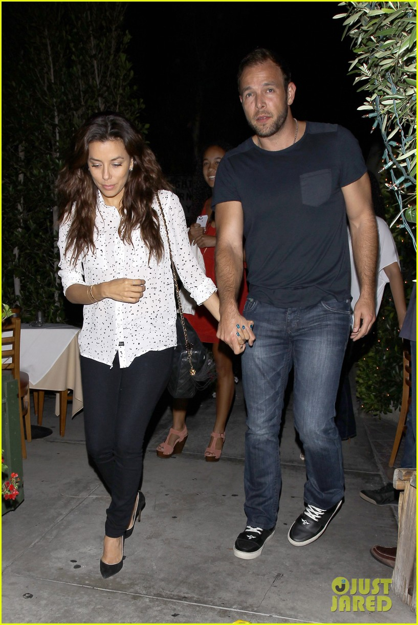 eva longoria ernesto aguello argo dinner after house hunting 262916987