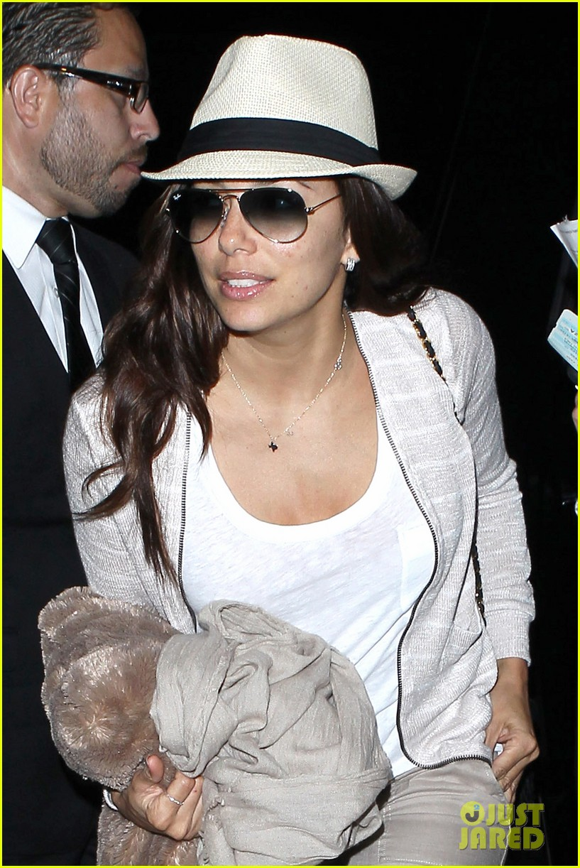 eva longoria lands in los angeles after paris trip 022908870
