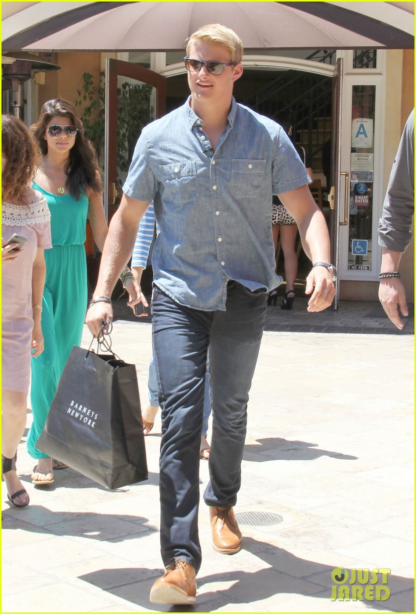 alexander ludwig visits extra at the grove 01