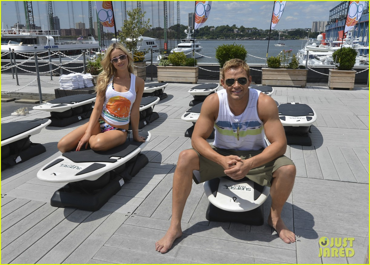 kellan lutz katrina bowden ops surf for life event hosts 06