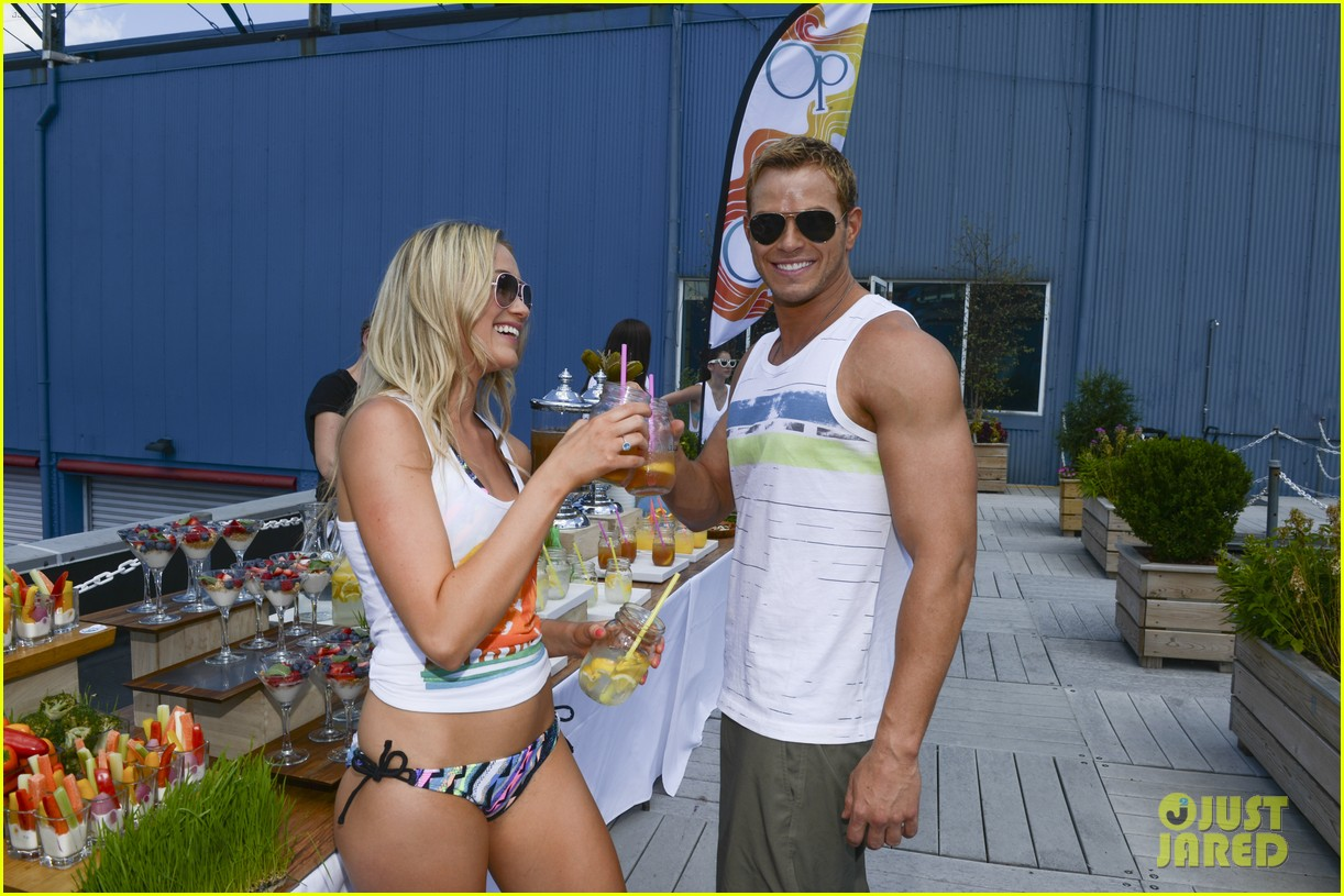 kellan lutz katrina bowden ops surf for life event hosts 07