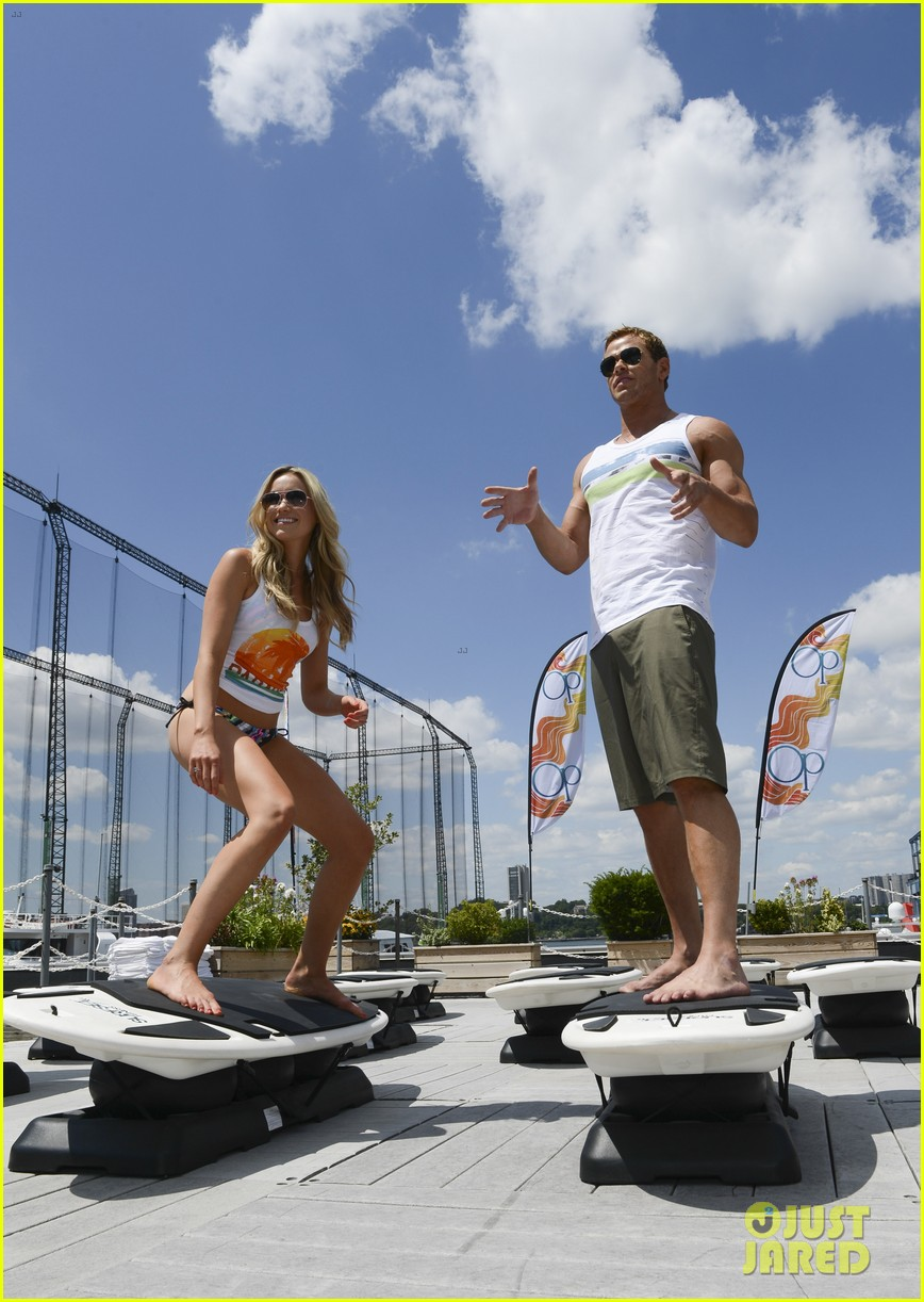 kellan lutz katrina bowden ops surf for life event hosts 11