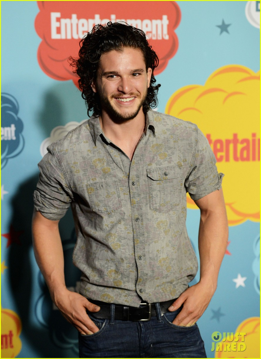 kit harington richard madden ews comic con party 042913811