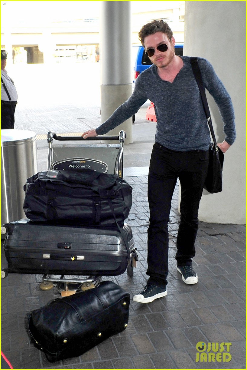 richard madden jenna coleman lots of luggage at lax 022917819