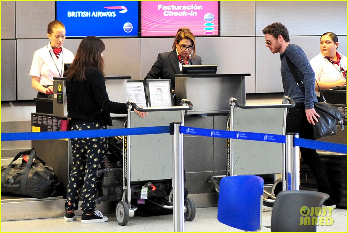 richard madden jenna coleman lots of luggage at lax 272917844