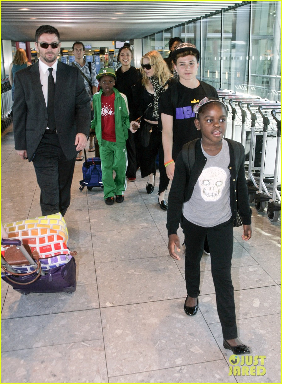 madonna lands in london with david mercy 042912327