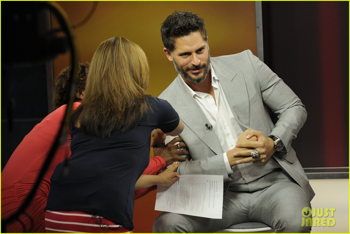 joe manganiello morning show appearance in toronto 09
