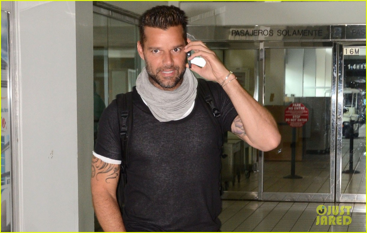 ricky martin love is patient love is kind 022907843
