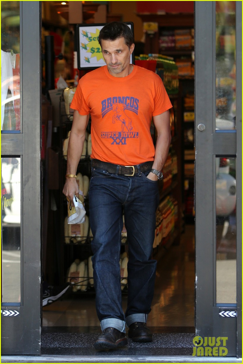 olivier martinez grocery shopping after french wedding 072911064