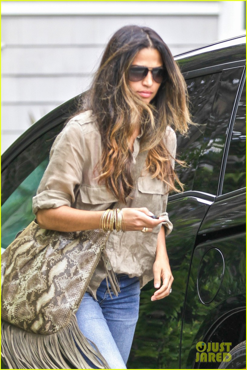 matthew mcconaughey camila alves separate cali outings 022904334