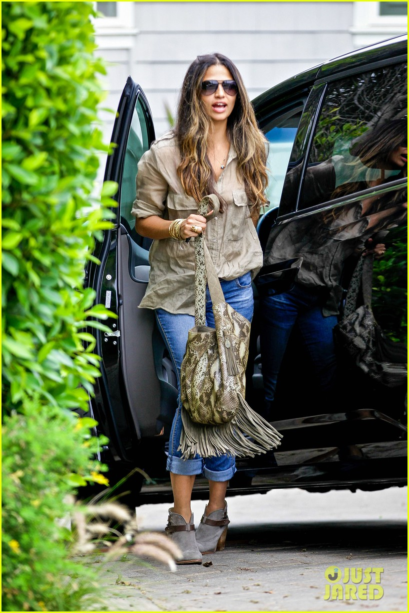 matthew mcconaughey camila alves separate cali outings 032904335