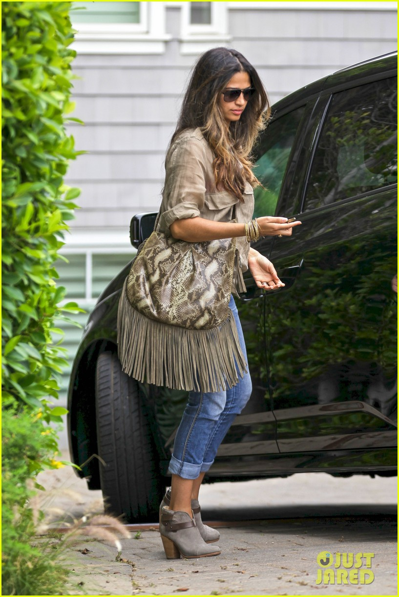 matthew mcconaughey camila alves separate cali outings 292904361