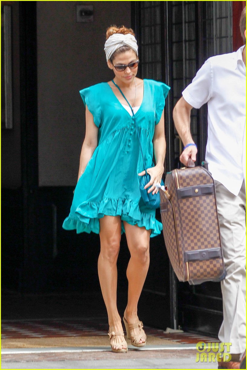 eva mendes place beyond the pines dvd august 6 012908043