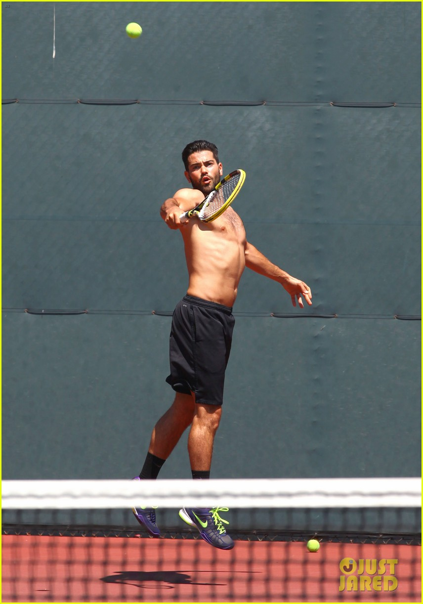 jesse metcalfe shirtless tennis playing with cara santana 012908058