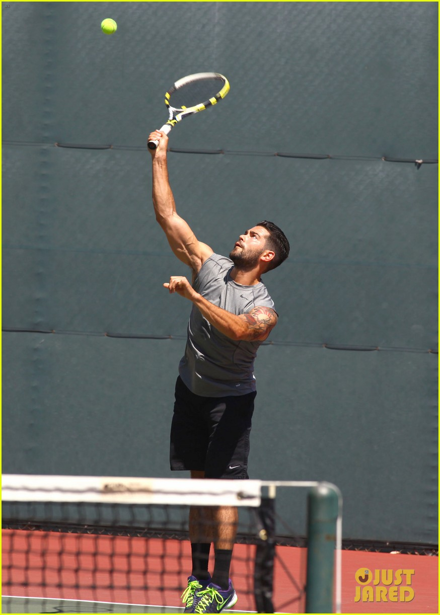 jesse metcalfe shirtless tennis playing with cara santana 162908073
