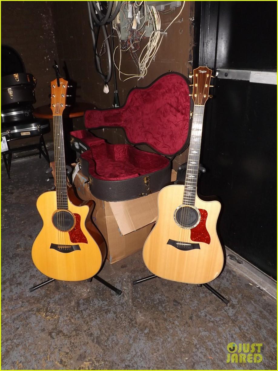 aly aj michalka 78 violet nyc showcase exclusive backstage photos 152907169