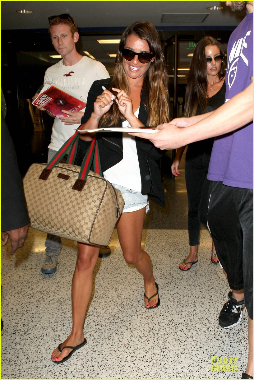 lea michele lax arrival after bikini clad vacation 01