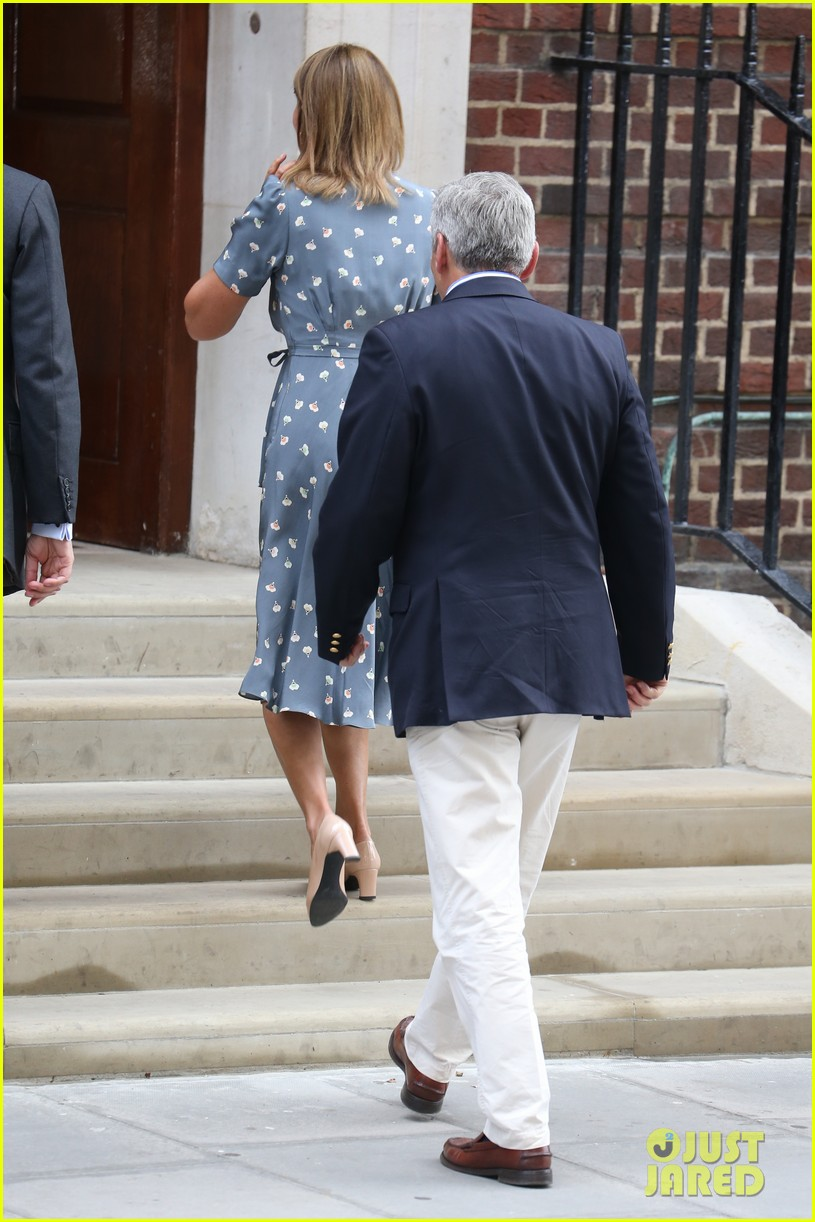 royal baby carol michael middleton visit newborn grandchild 012915091