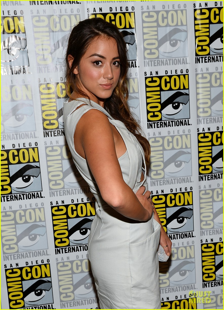 ming na wen clark gregg agents of shield at comic con 102913078