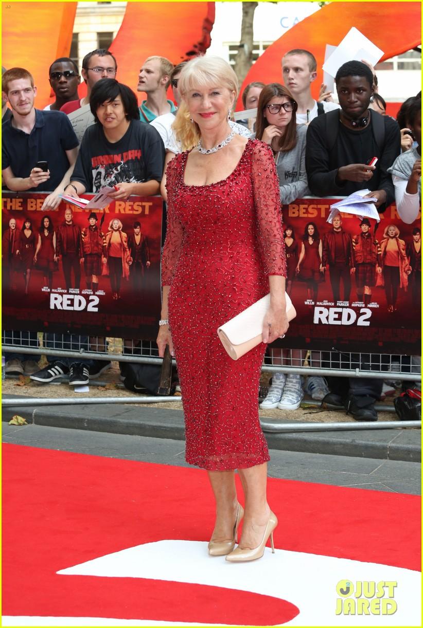helen mirren bruce willis red 2 london premiere 012914668