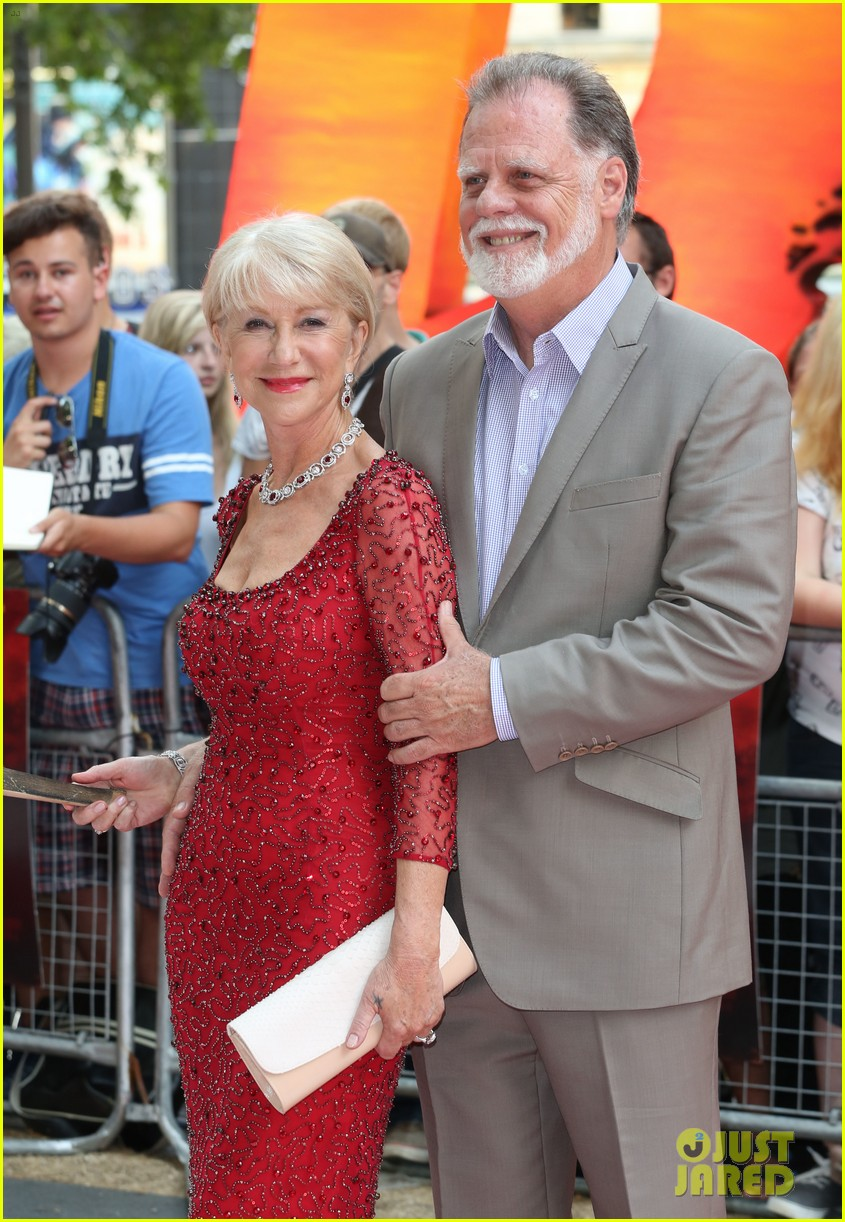 helen mirren bruce willis red 2 london premiere 042914671