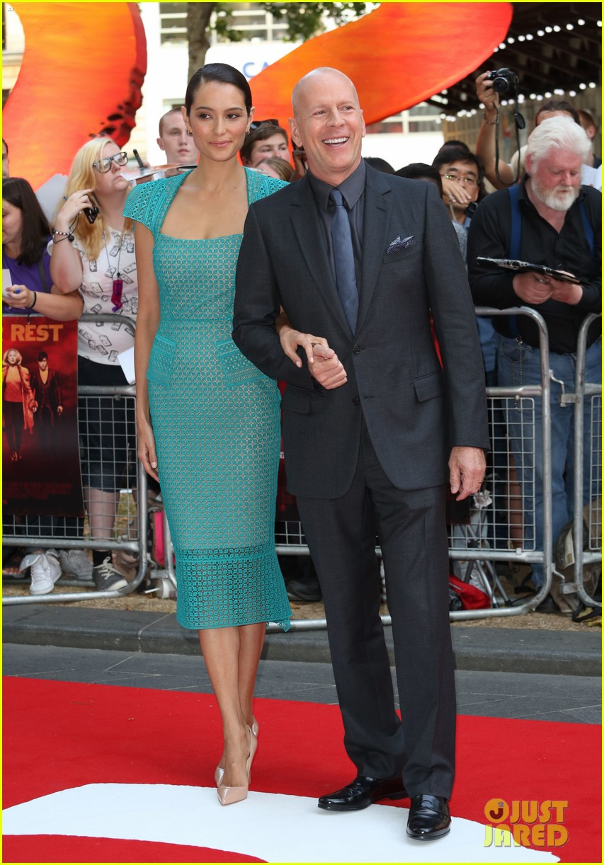 helen mirren bruce willis red 2 london premiere 05