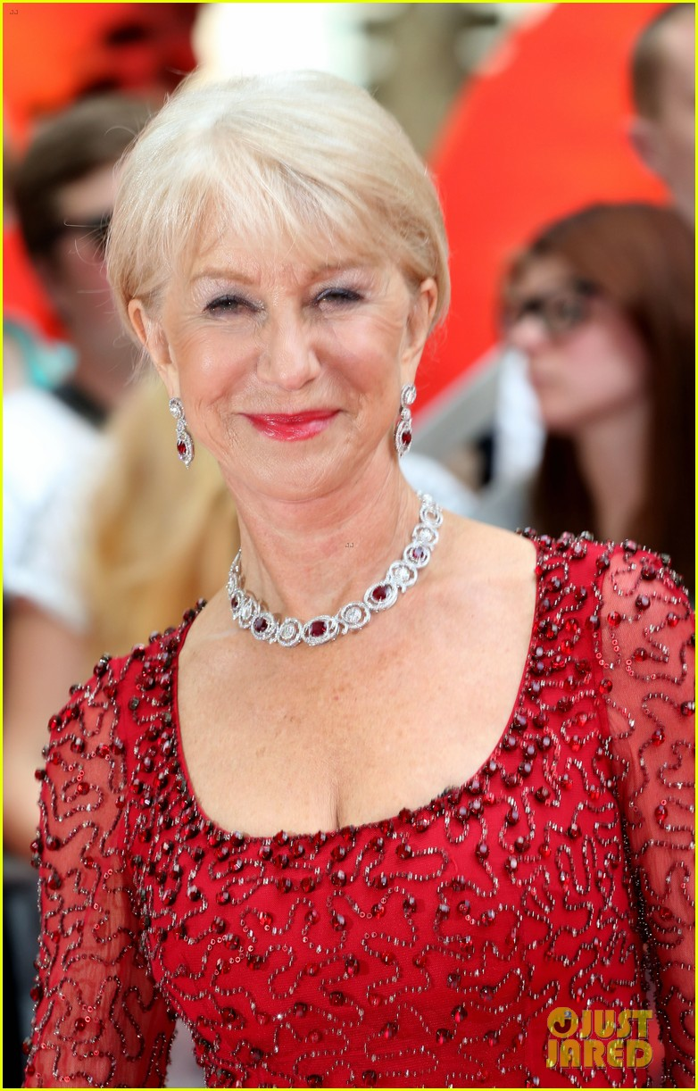 helen mirren bruce willis red 2 london premiere 15