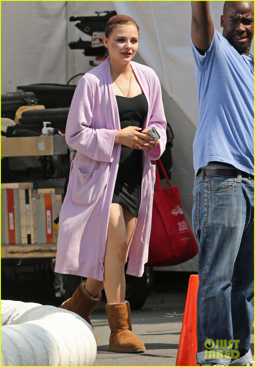 chloe moretz wears multi colored wig for equalizer filming 012912062