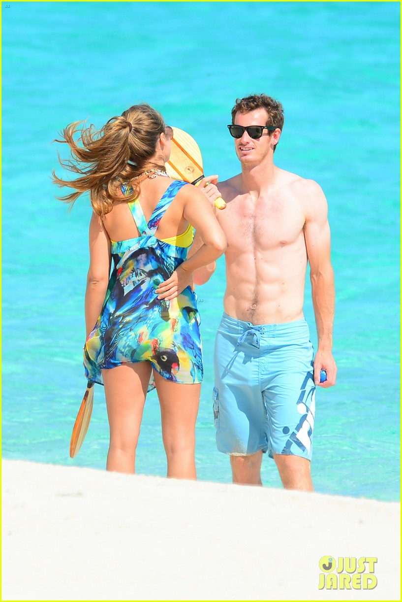 shirtless andy murray ibiza beach besos with kim sears 012909817