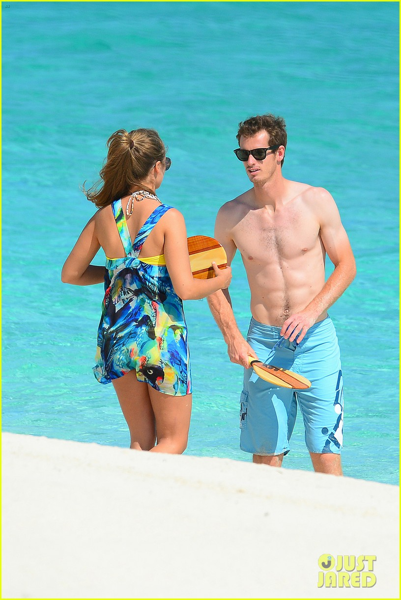 shirtless andy murray ibiza beach besos with kim sears 152909831
