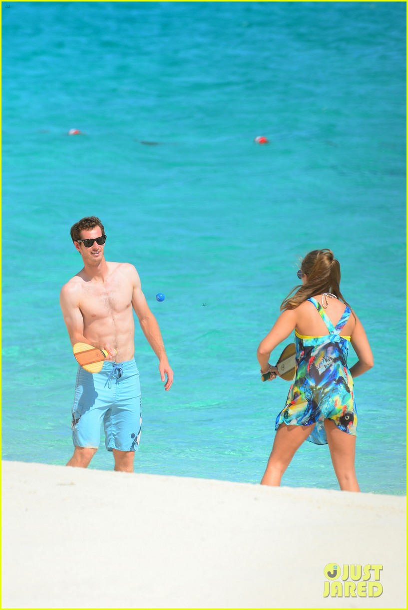 shirtless andy murray ibiza beach besos with kim sears 172909833