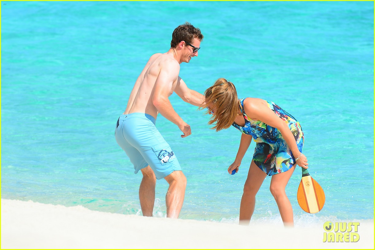 shirtless andy murray ibiza beach besos with kim sears 222909838