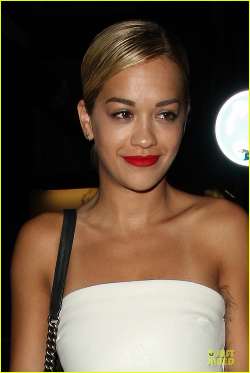 rita ora brightens eo restaurant at night 022910138