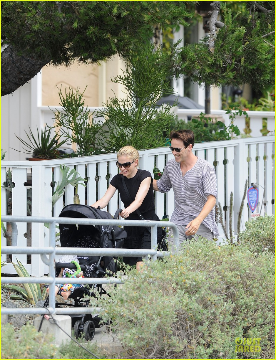 anna paquin stephen moyer venice stroll with the twins 052901584
