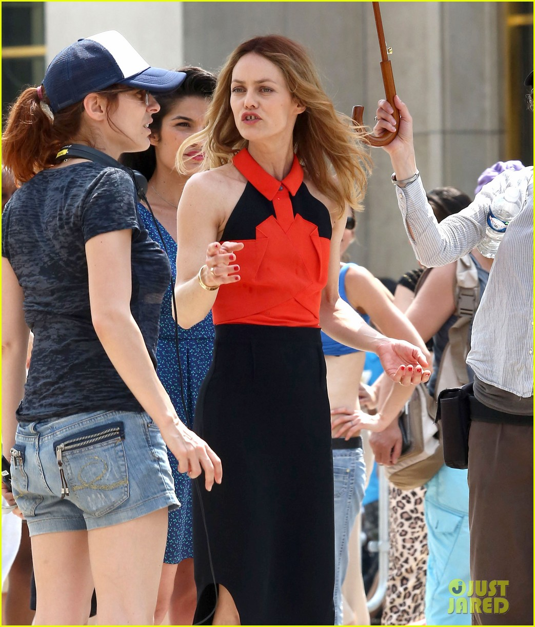 vanessa paradis homo sappiens set visit from lily rose jack 172916605