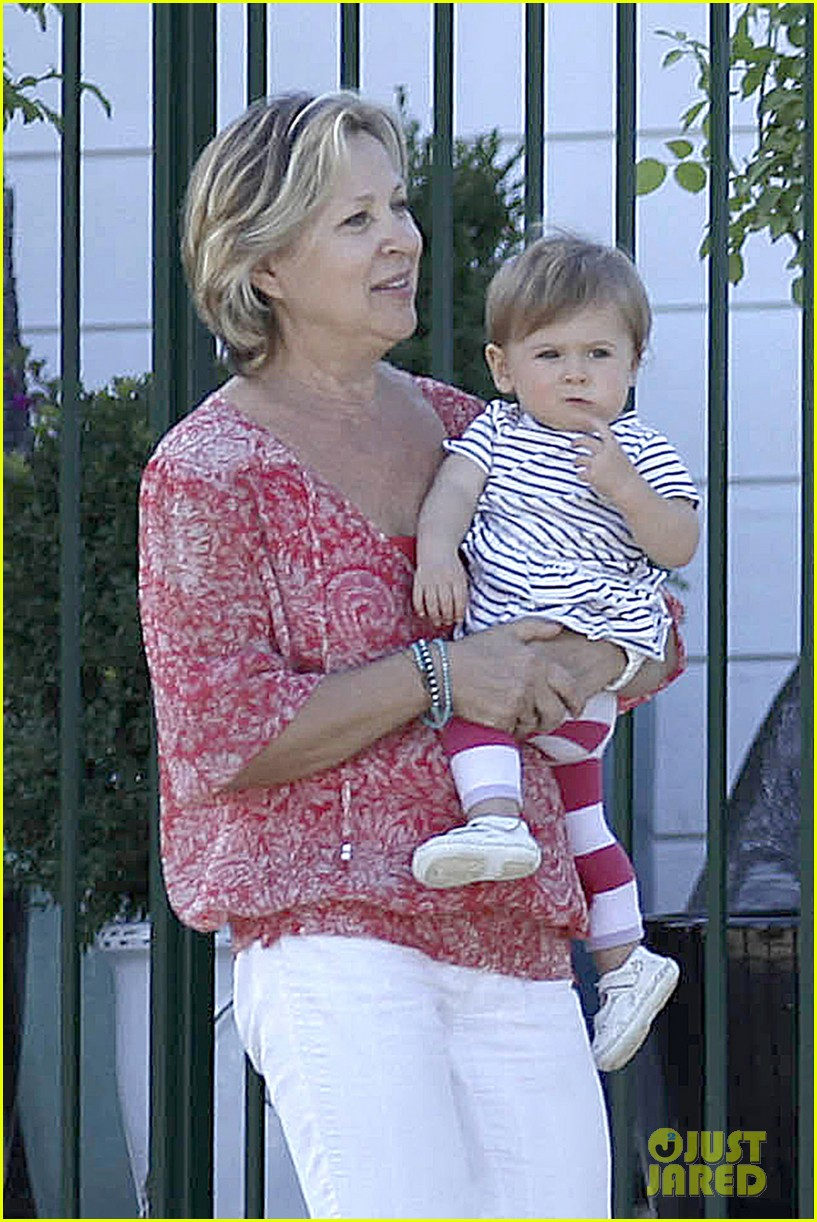 elsa pataky india have girls day out in malibu 02
